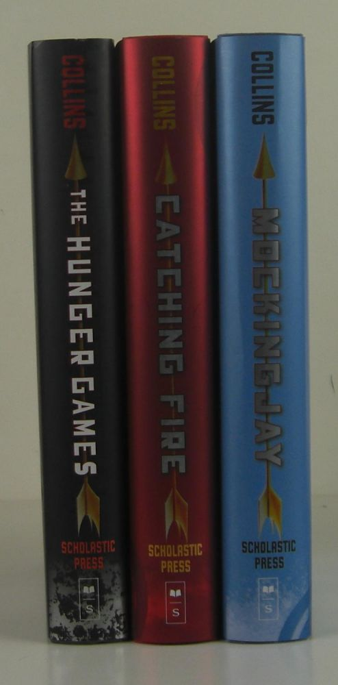 The Hunger Games Trilogy. Suzanne Collins.