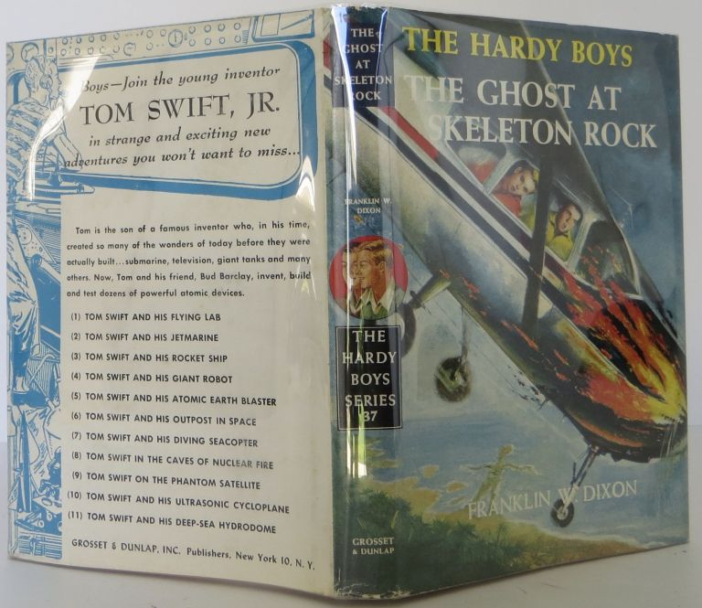 The Hardy Boys: The Ghost at Skeleton Rock. Franklin W. Dixon.