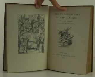 Alice's Adventures in Wonderland and Through the Looking Glass: 2 Volume Set