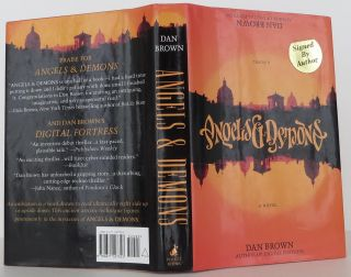 Angels & Demons (Robert Langdon). Dan Brown